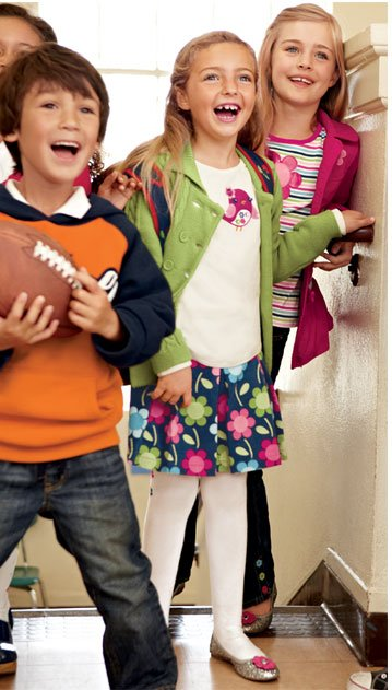 Enjoy Great Savings When You Open A Gymboree Visa Credit Card Through This Email: 5% Instant Gymboree Discount Gymboree Visa Card purchases at Gymboree clothing stores, Gymboree outlet stores and online at gymboree.com(1). 1% Reward On Purchases Everywhere Else get a $10 Gymboree Gift Card for every $1000 you spend on purchases like gas and groceries(2). $30 Gymboree Enrollment Bonus Coupon upon approval, we will send you a Gymboree coupon with your new card that you can use with your first Gymboree Visa purchase(3). APPLY NOW! Offer Expires August 28, 2011. The creditor and issuer of the Gymboree Visa Card is U.S. Bank National Association ND.