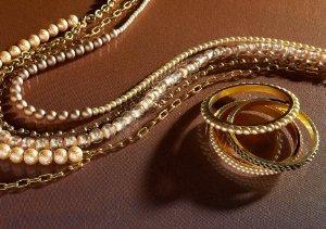 Lenora Dame Jewelry