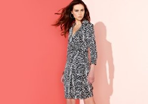 Pink Tartan: Up to 80% Off