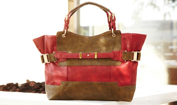Carryalls for Fall  -- Visit Event