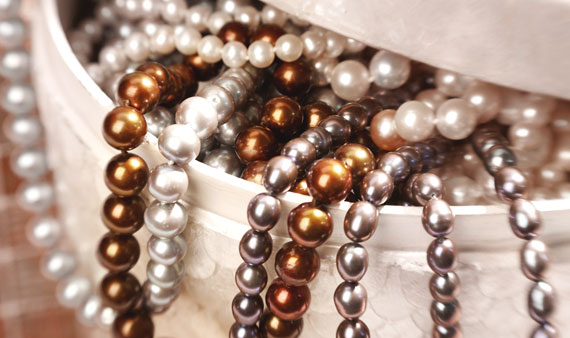Fall Into Pearls   -- Visit Event
