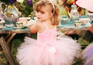 Dress-Up Fun: Pettiskirts & Tutus