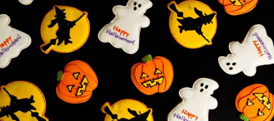 The Rue BOO-tiques:Tricked Out Treats