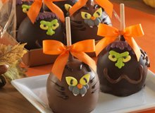 The Rue BOO-tiques: Mrs. Prindable's Candy Apples
