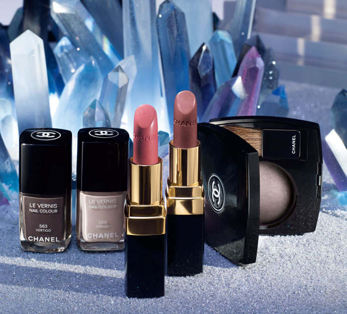INTRODUCING CONTRASTES ESSENTIELS DE CHANEL