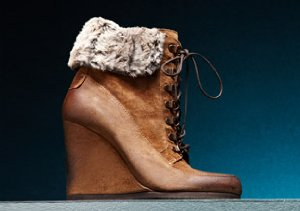 UP TO 75% OFF: FALL BOOTS