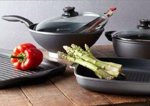 Essential Cookware: Woks, Casseroles & More