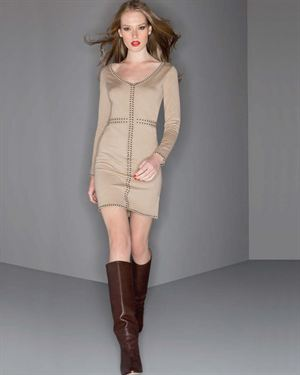 Yuka Paris Solid Color V-Neck Dress With Dash Pattern Trim $49