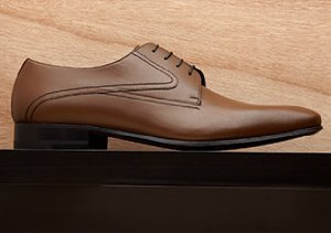 Best Foot Forward: Oxfords & Lace Ups