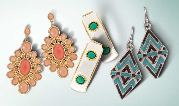 All About Earrings - Visit Event