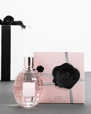 Viktor & Rolf Flowerbomb Women's Eau De Parfum Spray, 3.4 oz - Made In France $99
