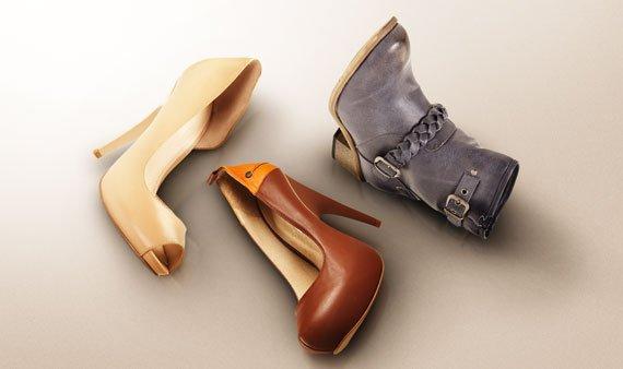 Shoe Love     - Visit Event