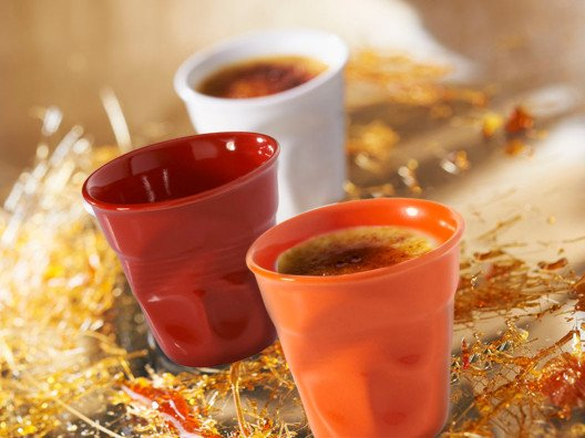 Creative and unique, these crinked cups looks like a crumpled plastic cup. They add flair to any table and are incredibly functional.
