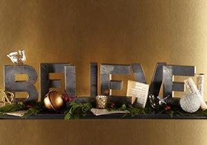 Deck the Halls: Christmas Décor