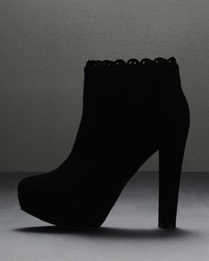 Qupid Theatre Ankle-Boot $25
