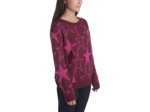 I bought this sweater in a size up so that it's nice and slouchy—plus, the star print is so fun and bright.