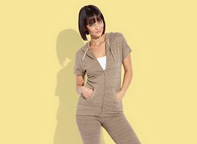 Happy_hour_activewear_115706_ep_two_up