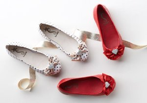Mary Janes & Ballet Flats from Pampili