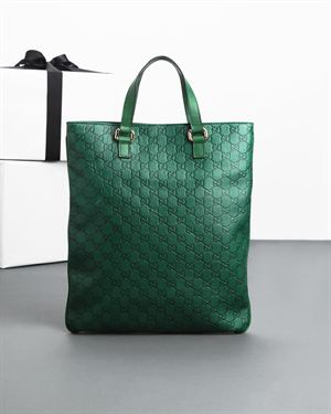 Brand New Gucci Embossed Genuine Leather Thin Tote - Made In Italy $989