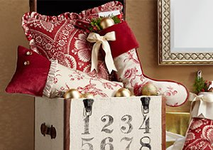 Tidings of Joy: Mirrors, Candle Holders & More