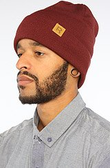 The Classic Beanie in Maroon