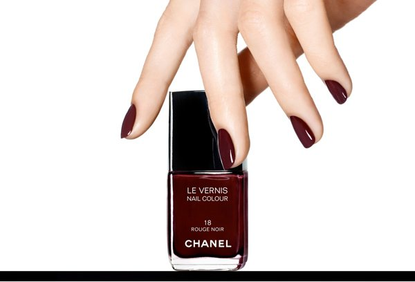 LE VERNIS IN ROUGE NOIR