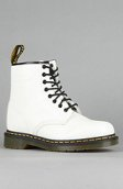 <b>Dr. Martens</b><br />The 1460 8-Eye Boot in White