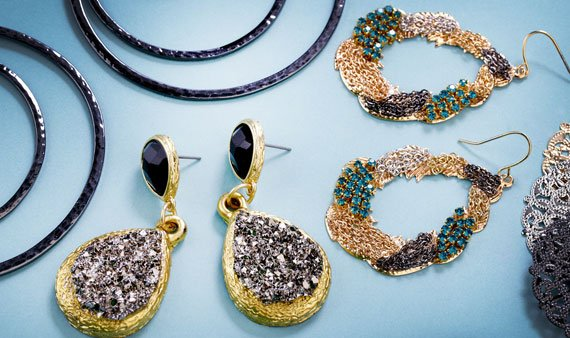 In the Swing: Statement Earrings  - Visit Event