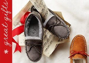 Mistletoes: Slipper Gifts for Him
