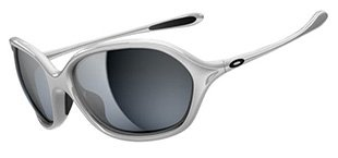 Oakley Warm Up™