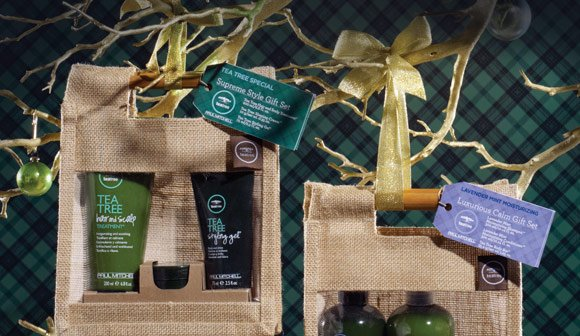 These limited edition Tea Tree sets include 100% carbon-neutral products featuring natural extracts.