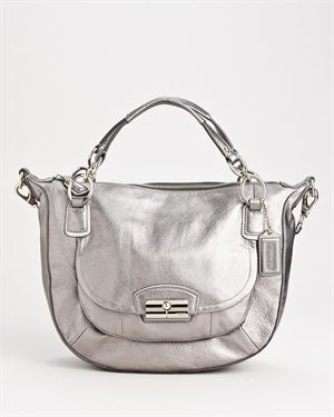 Brand New Coach Chain Patent Shoulder Bag $285