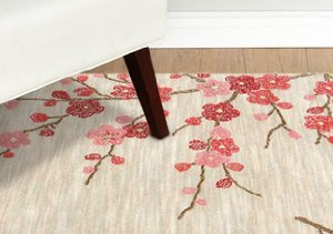 Contemporary Styles: Floral Rugs