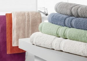 Bathroom Makeover: Luxury Towels