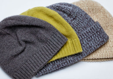 Shop Holiday Hats, Gloves & Scarves