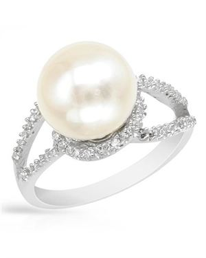 Ladies Freshwater Pearl Ring Designed In 925 Sterling Silver