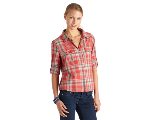 There's something about a plaid shirt that seems comfy and cozy. This one is breathable and easy, so I'll be wearing it every season!