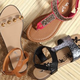 Twinkle Toes: Girls' Sandals