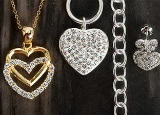Fall in Love: Heart Style Jewelry