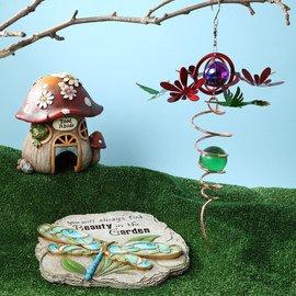Enchanting Garden: Outdoor Décor