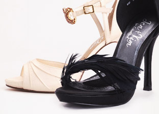 Jen + Kim Women's Shoes