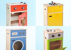 In the Kitchen: Playsets and Play Food