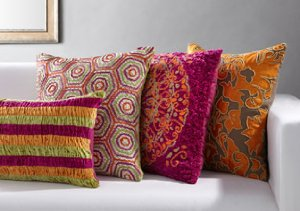 Decorative Accents: Throw Pillows