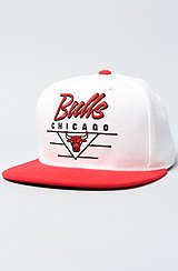 The Chicago Bulls Court Series Snapback Cap in White & Red