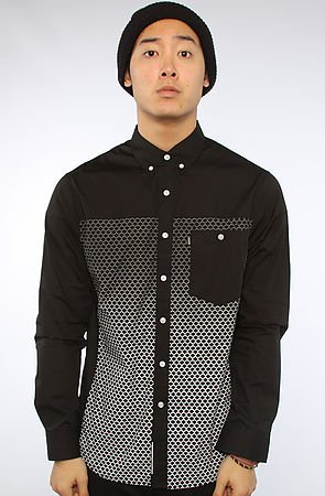 The Scaled Buttondown Shirt in Black