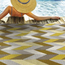 Outdoor Oasis: Furniture & Rugs