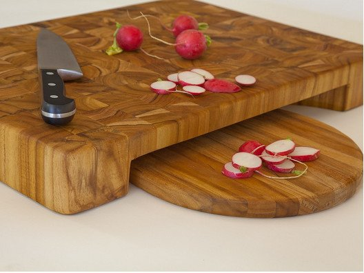 Last year I received a great cutting board as a gift and I loved it so much I made arrangements to make it available in my OpenSky shop.