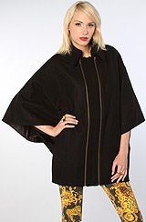 The Beaumont Cape With Removable Collar in Black