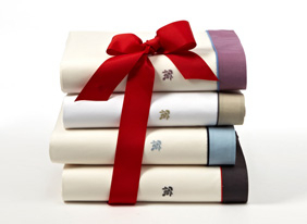 Luxury_bedding_multi_featuring_frette_116834_1-27-13_hep_two_up