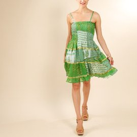 Gorgeous in Green: Women's Apparel